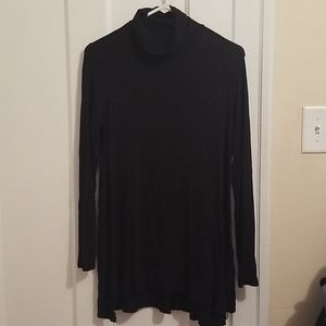 Tops - Long Sleeved Soft Flowy Tunic Turtleneck L